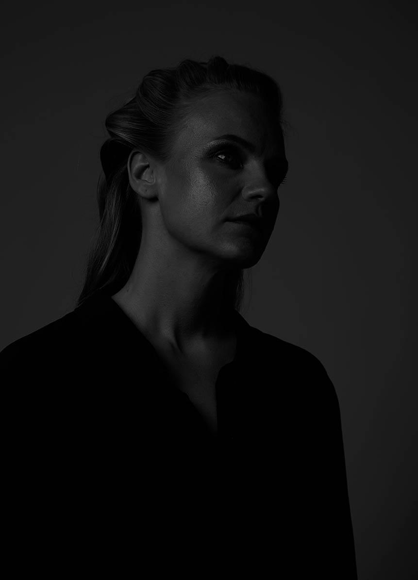 """Anni Pohto """"Closure"""" Single Release via www.nohoartsdistrict.com"""