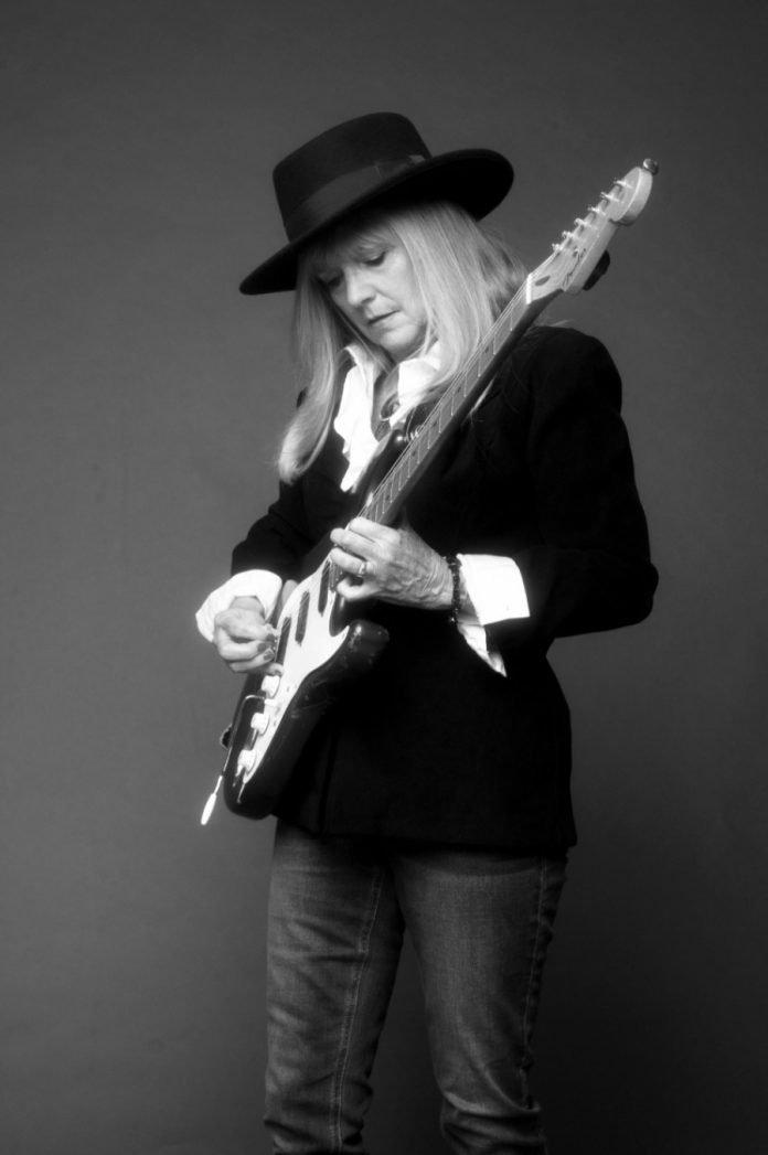 """Nancy Wenstrom """"Vintage Tears"""" Single Release"""