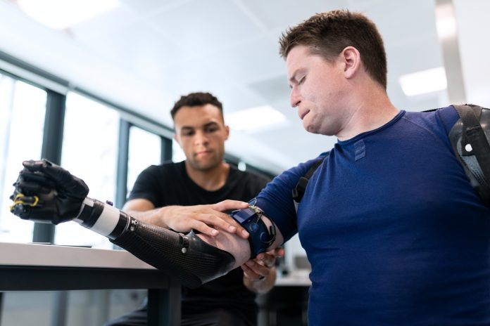 5 Ways Modern Prosthetics Can Help Students