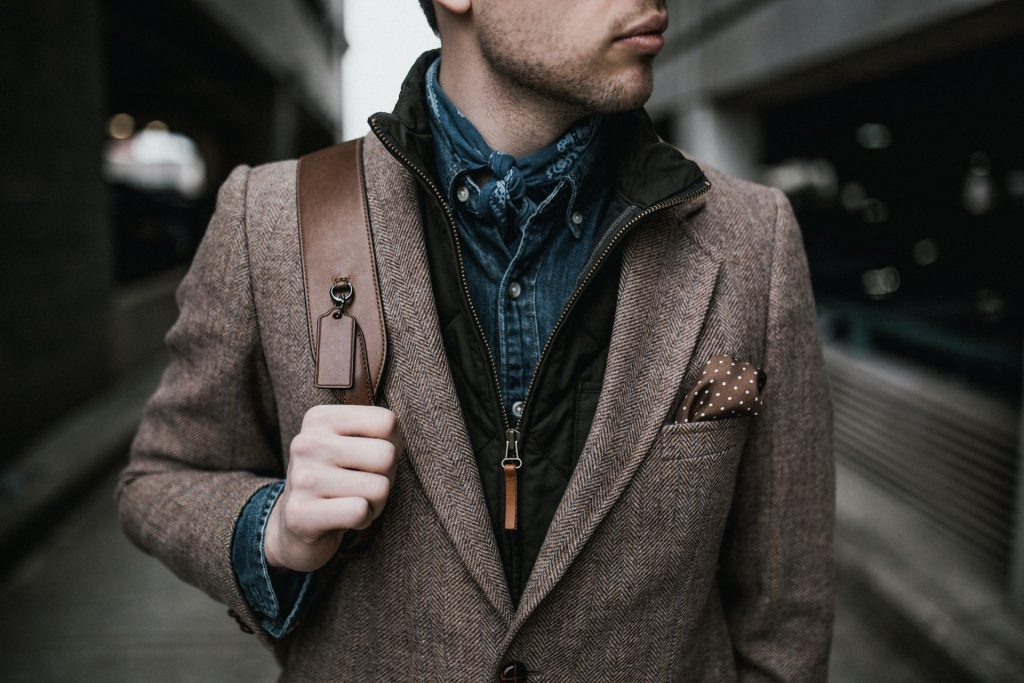 8 Casual Wear Outfit Tips Every Man Should Know pexels-andrew-neel-3178875