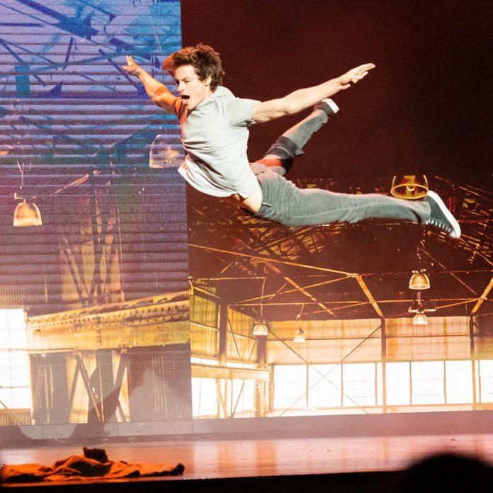 World Choreography Awards. Kyle Allen @snarfmylife flying through the air, choreographed by Jade Hale-Christofi @jadehalechristofi.