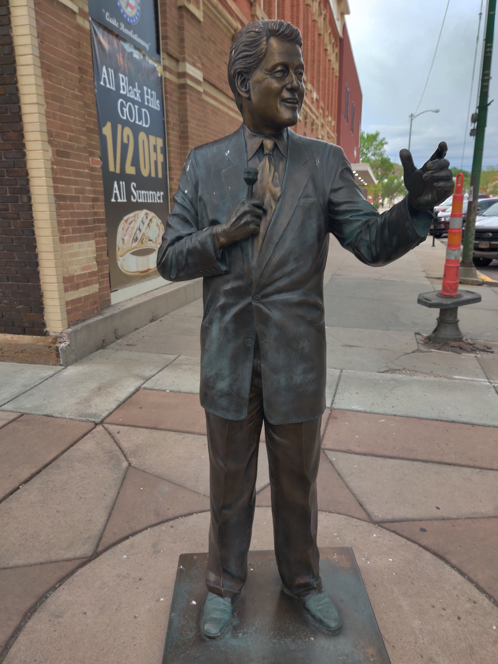 Clinton Life-Size Presidential Statues