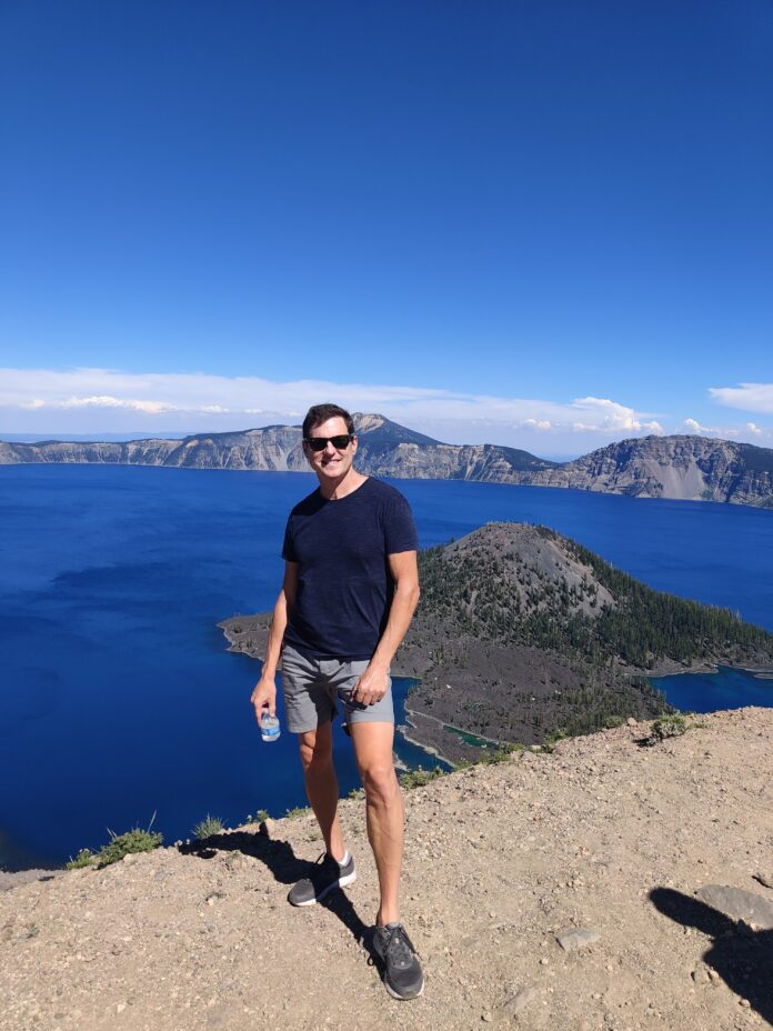 Blue Crater Lake in Oregon