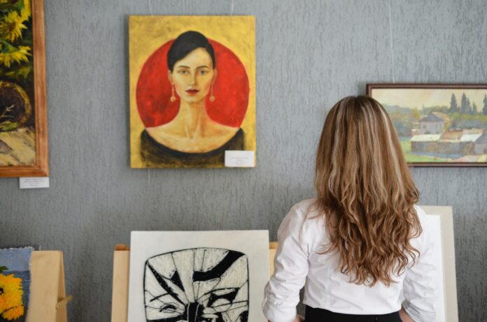 The Major Advantages of Using A Wireless Monitoring System for Art Galleries