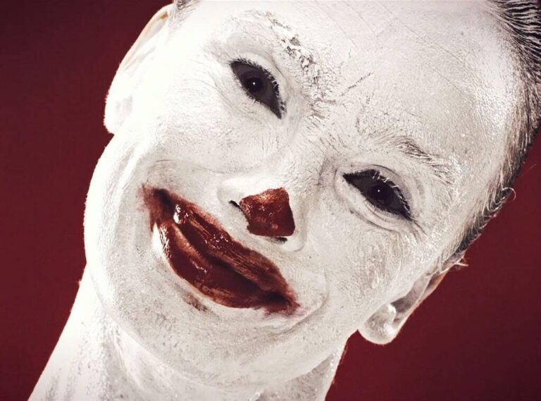 rs 1024x759 140905070126 1024.American Horror Story Freak Show JR 90514 copy 768x569