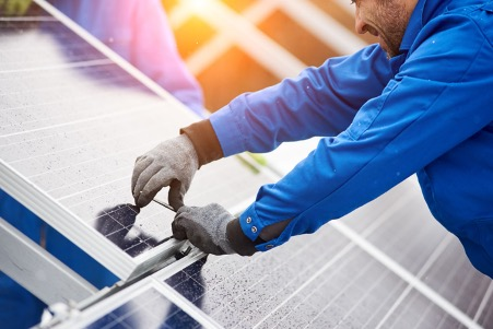 A Simple Guide to Solar Panel Maintenance